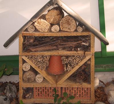 Insektenhotel_miniatur.jpg
